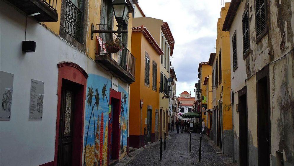 Türen von Funchal: Kunst am Haus