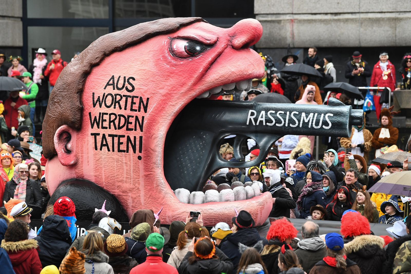 Rosenmontag in Düsseldorf