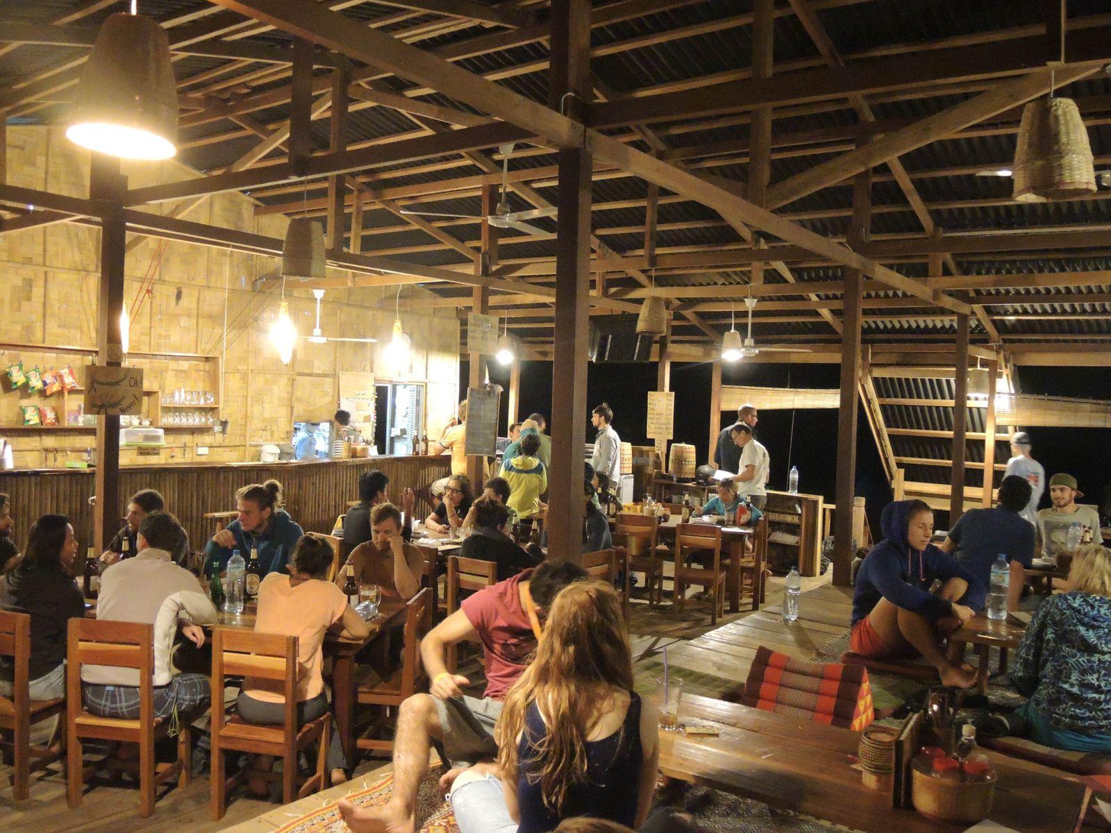 2015-12-06_Ein normaler Abend im Restaurant von Camp