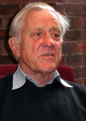 Ben Bradlee: Journalists should name Bush for what he really is ... a liar