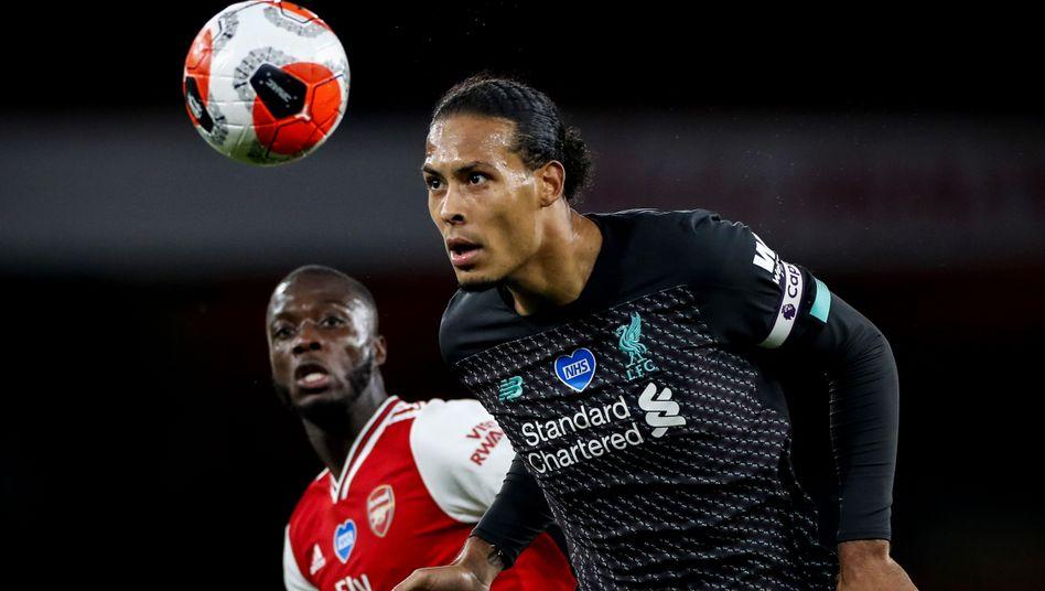 Liverpools Virgil van Dijk (r.)