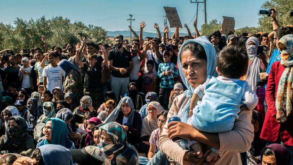 Schutzsuchende im Lager Moria im Oktober 2019: Gleichgültigkeit in Athen und Brüssel