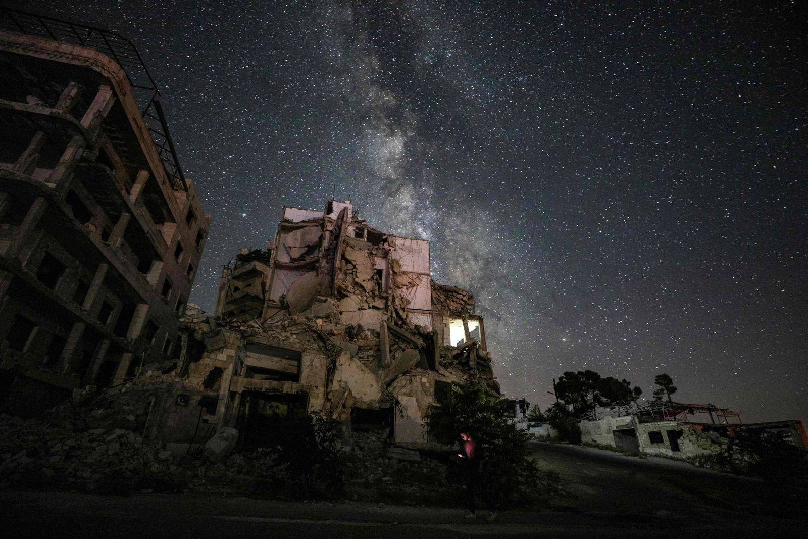 TOPSHOT-SYRIA-CONFLICT-ASTRONOMY