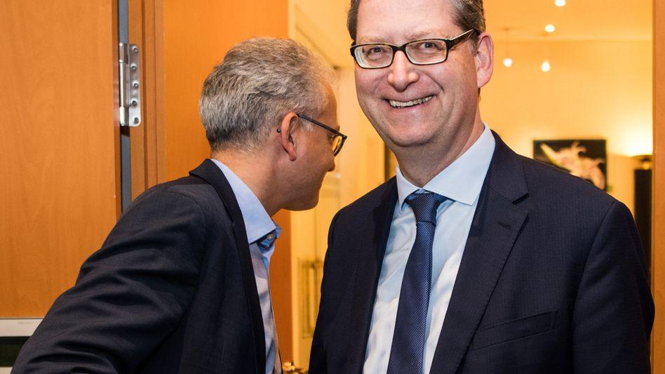 Tarek Al-Wazir (l.), hessischer Wirtschaftsminister und Thorsten Schäfer-Gümbel, hessischer SPD-Chef