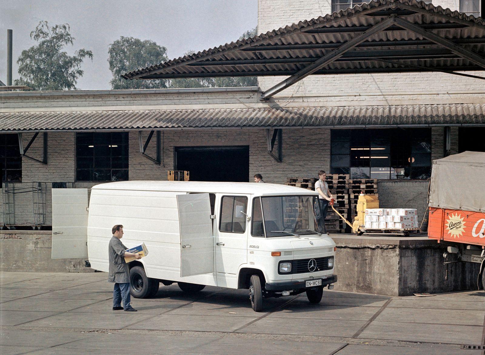 Mercedes-Benz T2, L 309,