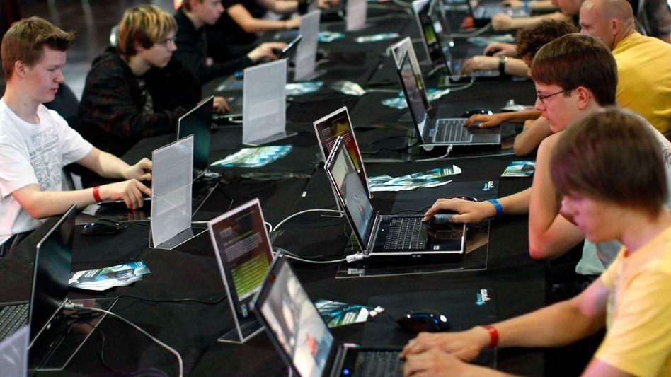 Besucher der Leipziger Games Convention: Ein Schulfach Interneterziehung heute dringend geboten