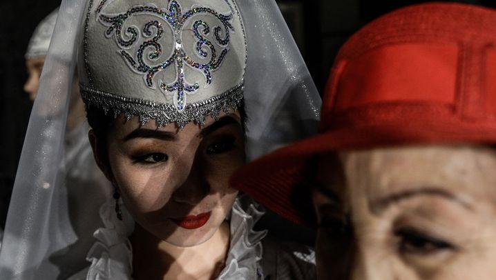 Frauen in Kasachstan: Sehnsucht und Repression