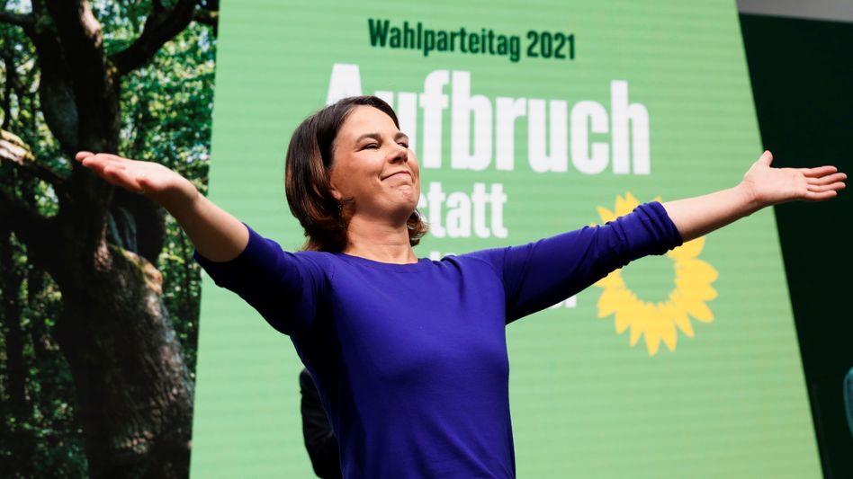 Grünenchefin Baerbock auf dem Wahlparteitag: Sie spricht zur Partei, nicht zum Land