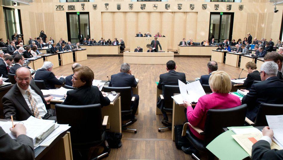 Bundesrat am 3. Mai: Horrorszenarien aus dem NRW-Innenministerium
