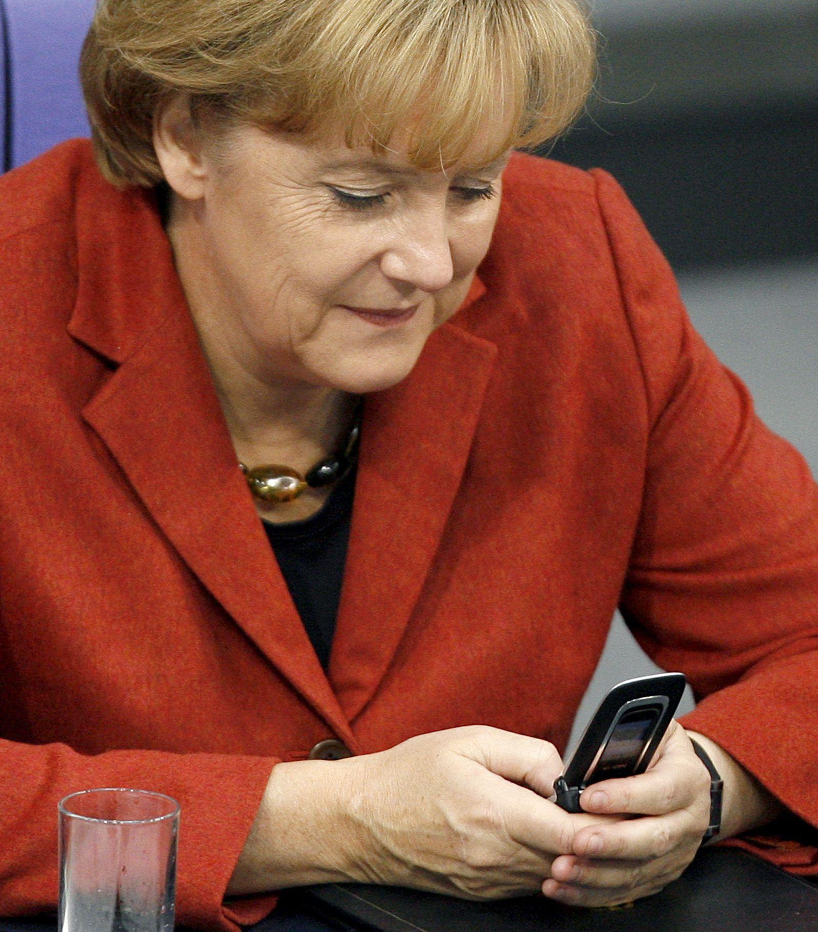 Merkel / Handy / 2008