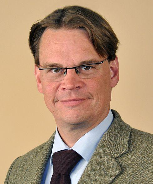 Harald Simons ist Mitglied im Vorstand des auf Immobilien spezialisierten Forschungsinstituts empirica und Professor für Volkswirtschaftslehre der HTWK Leipzig.