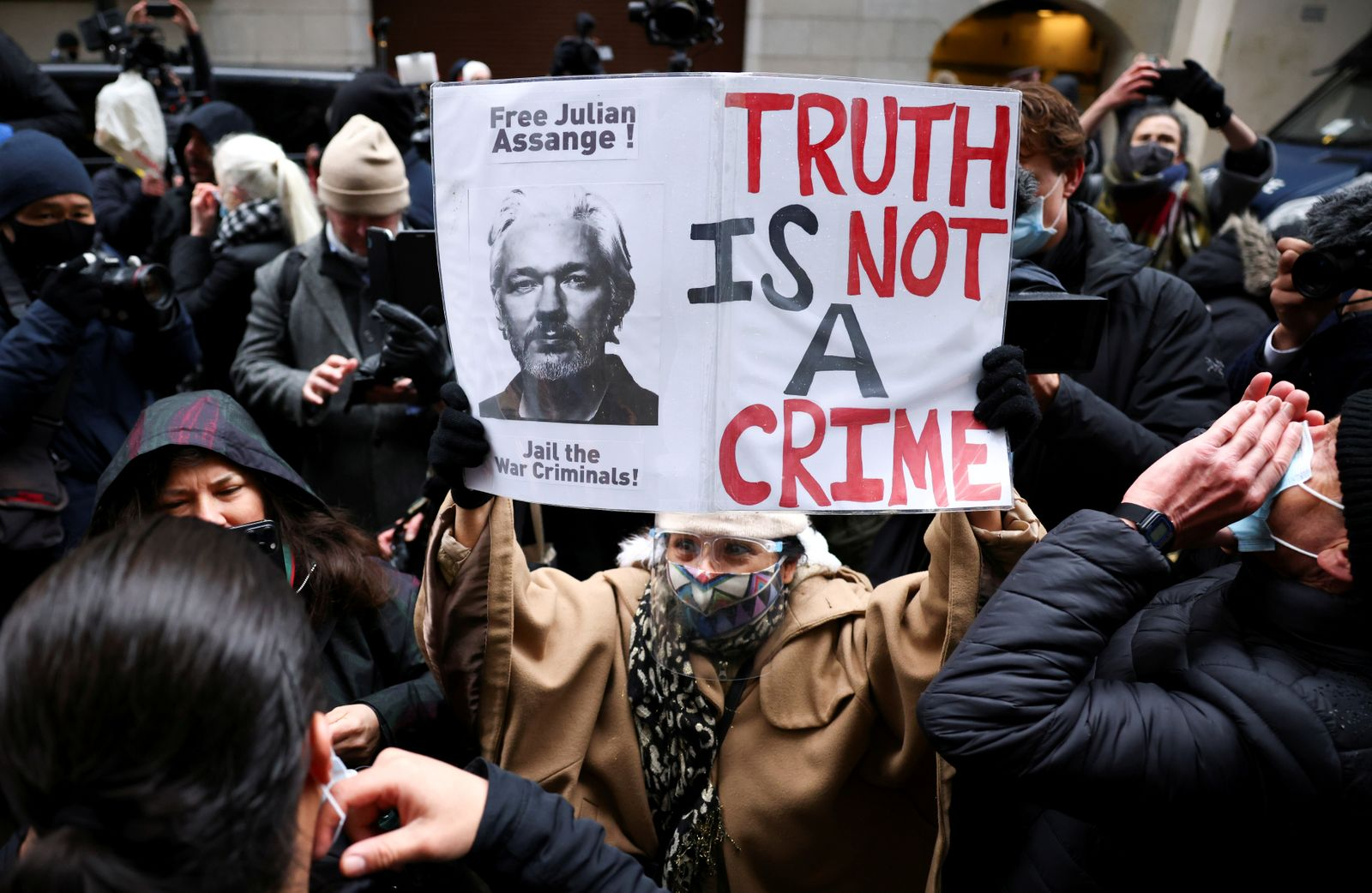 FILE PHOTO: WikiLeaks founder Assange at the Old Bailey, the Central Criminal Court, in London