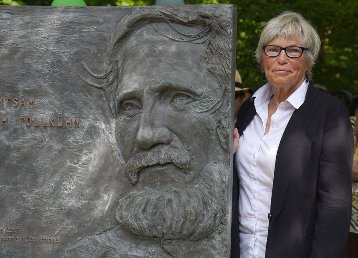 Christel Neudeck, 2018 bei der Einweihung des Denkmals für ihren Mann Rupert