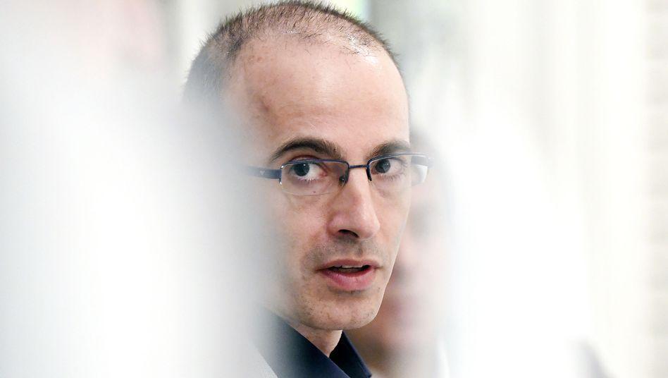 Der Autor, Historiker und Philosoph Harari sieht sich mit schwerwiegenden Vorwürfen konfrontiert