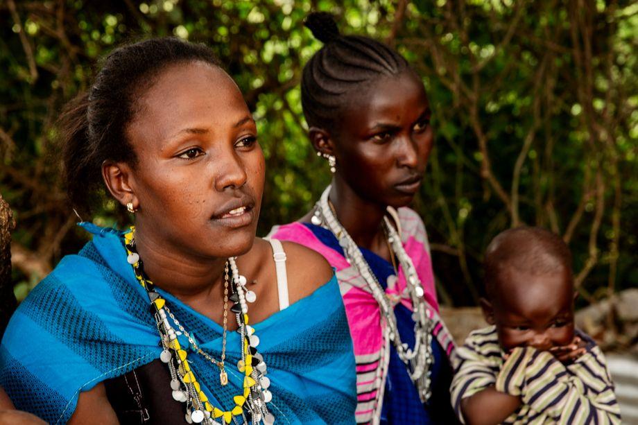 Naishooki Laizer (links) wurde schon vor ihrer Geburt verheiratet
