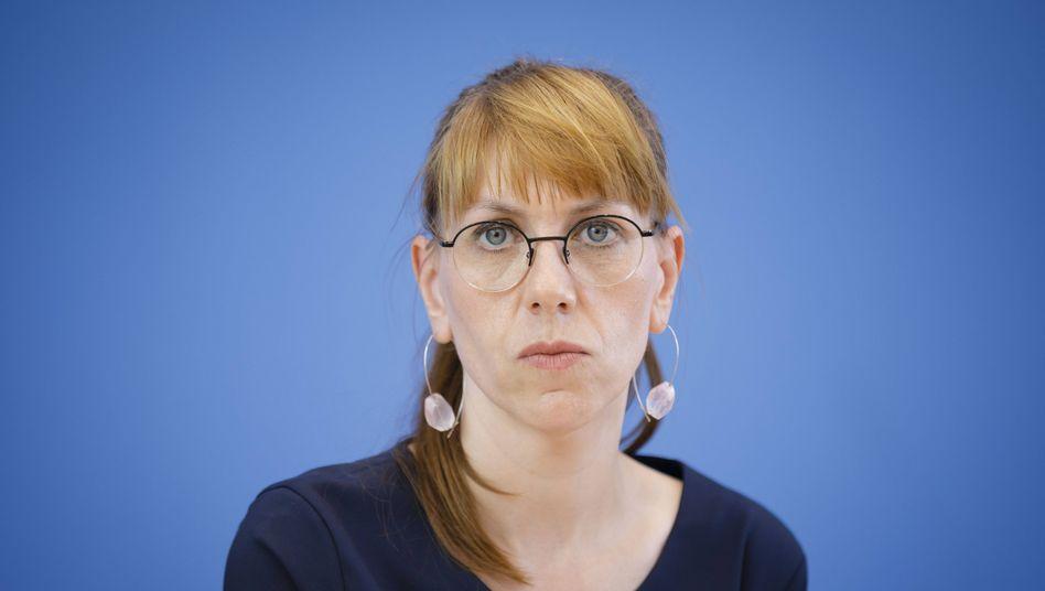 """Katja Meier (Grüne): """"Nicht alle Texte, zu denen ich mit 16 Jahren Bass gespielt habe, teile ich über 20 Jahre später inhaltlich"""""""