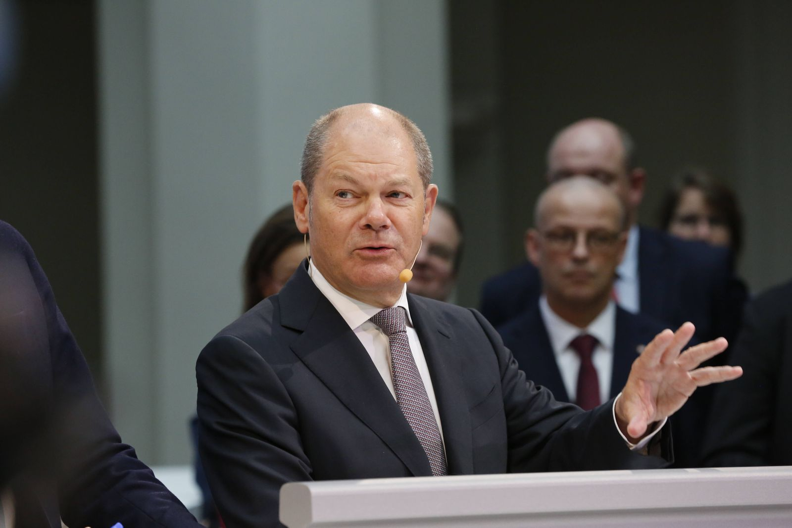 Finanzminister Olaf Scholz bei dem Pressetermin 86 Milliarden Euro bis 2030 für Erhalt und Modernisierung LUFV III im B