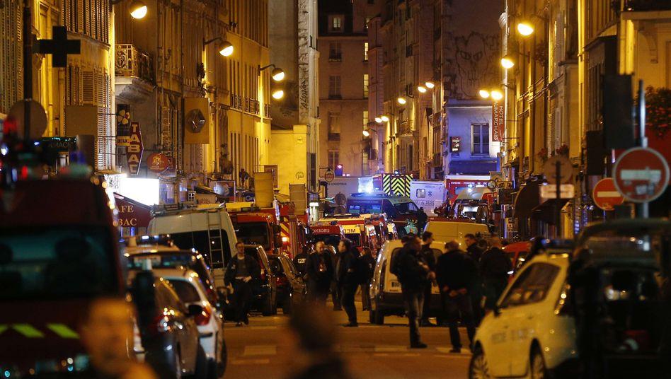 Paris, 2015: Polizeiaufgebot nach dem Anschlag