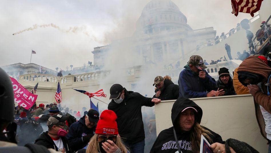 Angriff auf das US-Kapitol: »Noch immer an der Schwelle«