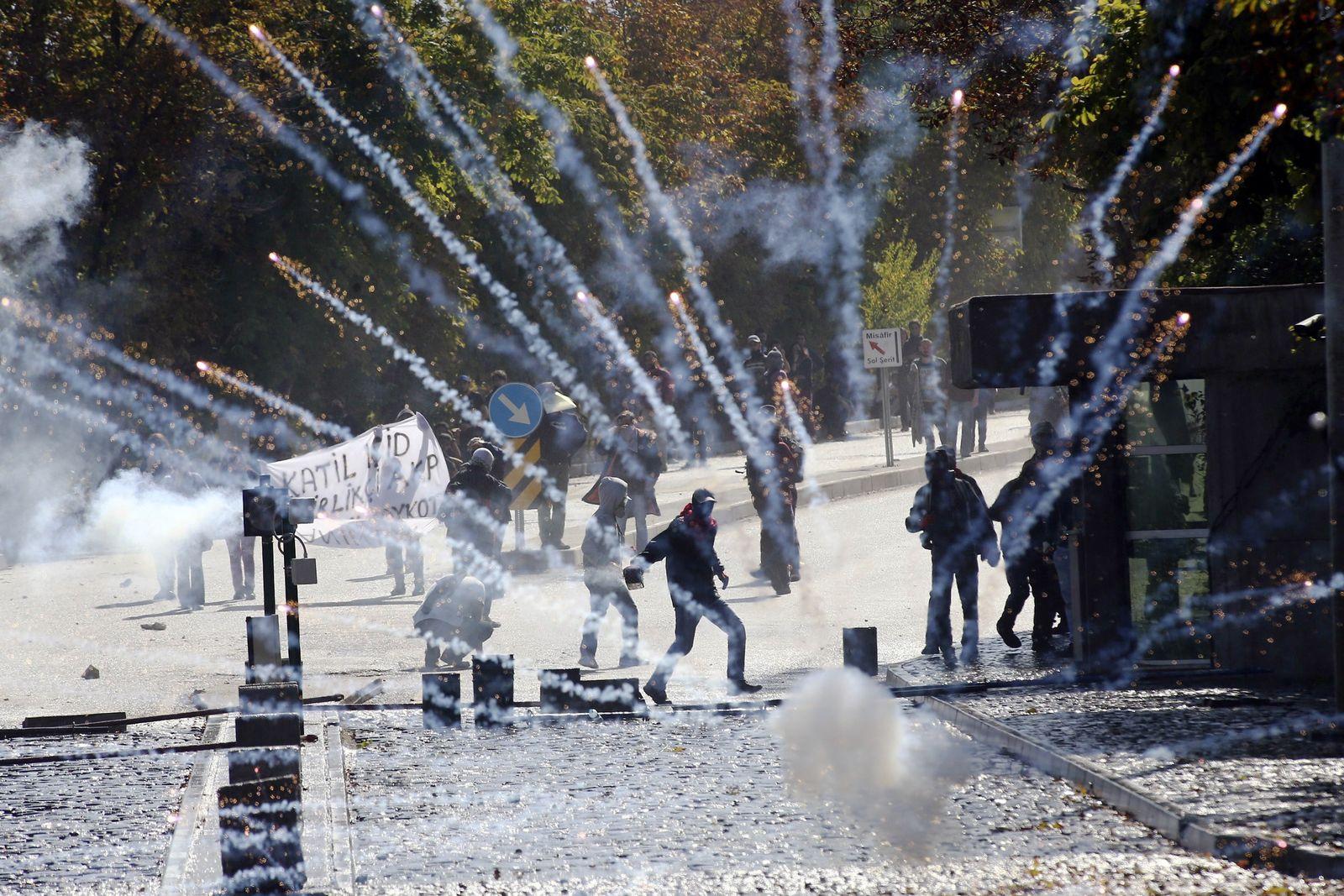 Türkische Polizei/ Demonstranten