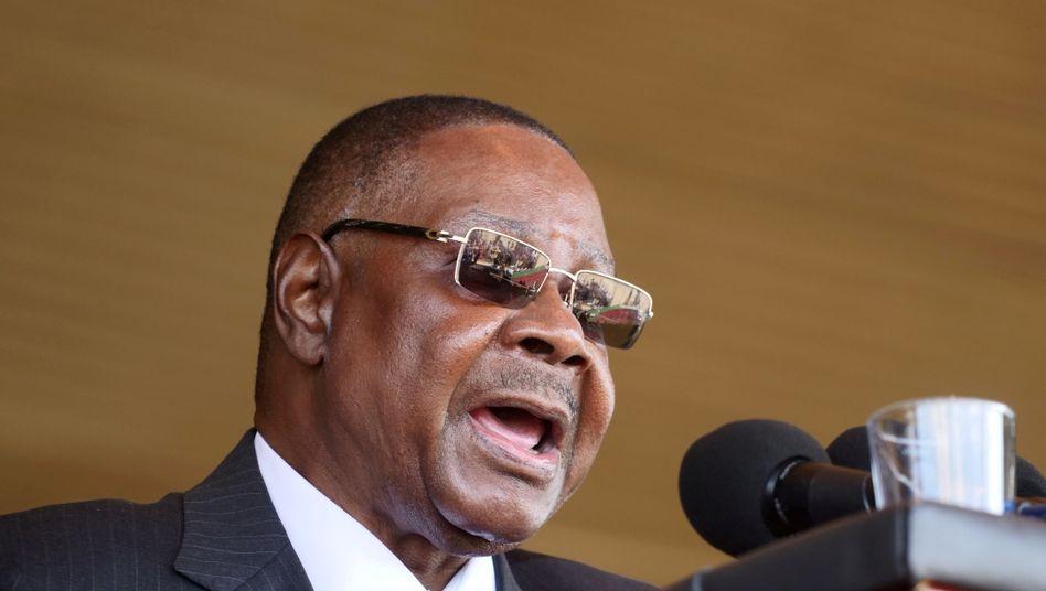 """""""Juristische Fehlgeburt"""": Peter Mutharika, Präsident seit 2014, lehnt den Richterspruch zur Annullierung seiner Wiederwahl ab"""