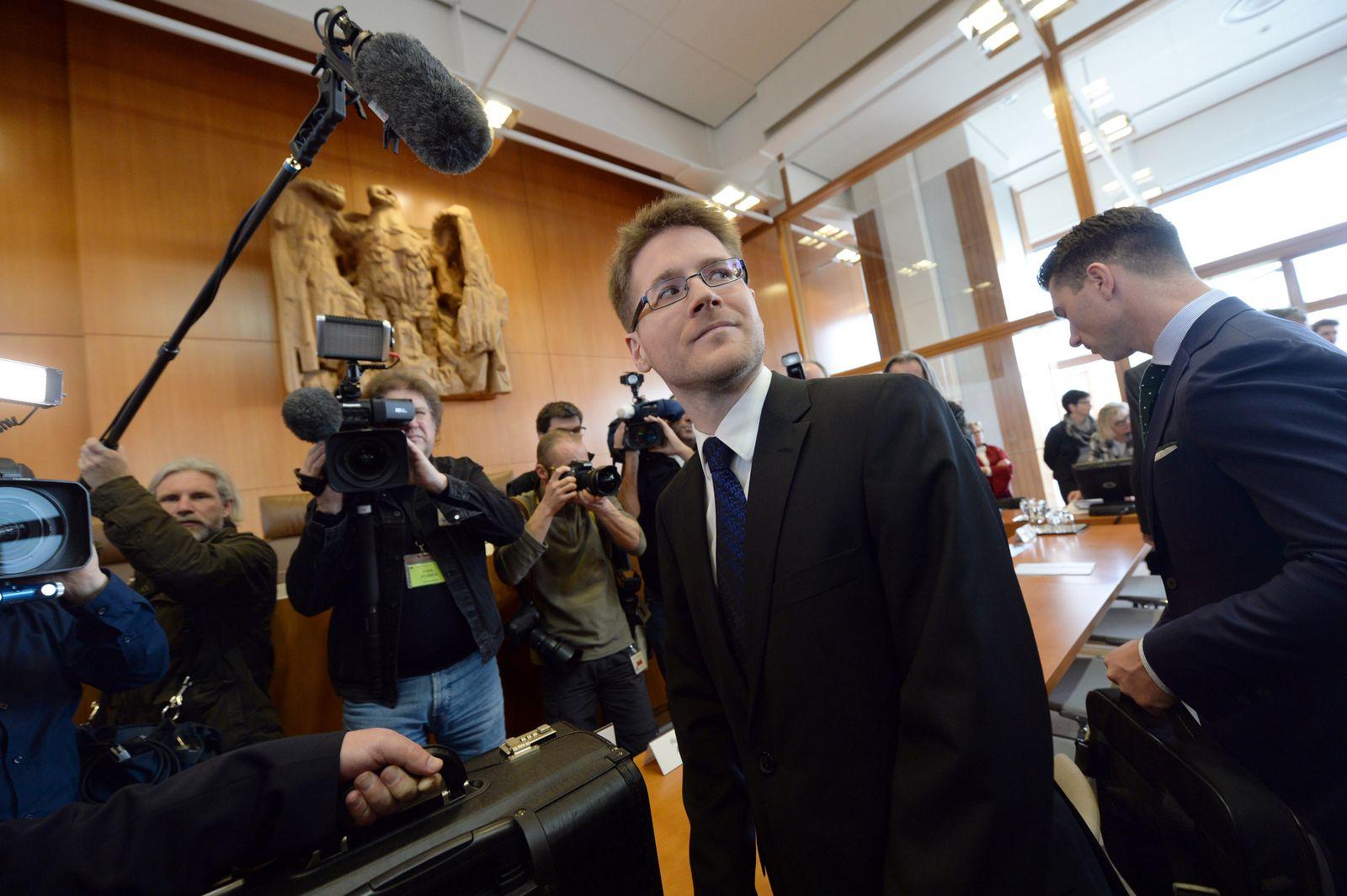 NPD Verbotsverfahren / Peter Richter