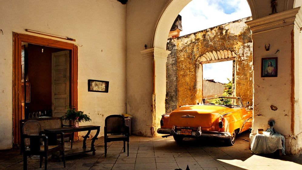 Straßenkreuzer auf Kuba: Reise in die Vergangenheit