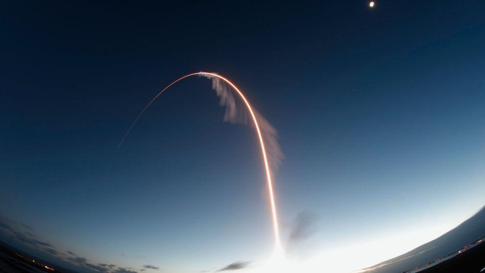 """Eine Atlas-5-Rakete mit Boeings Raumschiff """"Starliner"""" startete vom US-Weltraumbahnhof Cape Canaveral. Der Testflug ist gescheitert"""