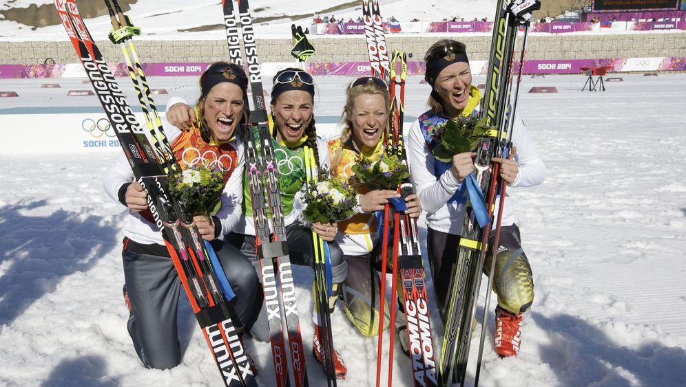 Langlaufstaffel der Frauen: Sensationslauf zur Bronzemedaille