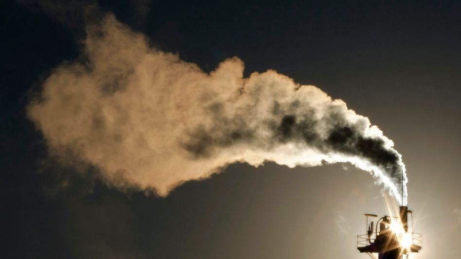 Schornstein in Australien (Archivbild): Globaler Rekordausstoß an CO2