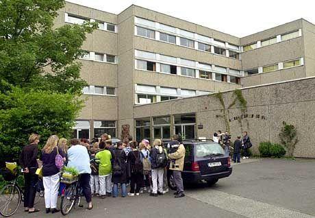 Hässliche deutsche Schule: Bonjour Tristesse