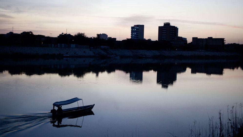 Als Tourist in Bagdad: Saddams Fäuste, ein Jahrmarkt und gegrillter Fisch