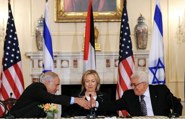 """Israels Premier Netanyahu, US-Außenministerin Clinton, Palästinenserpräsident Abbas (2010): """"Mehr Druck auf die schwächere Seite"""""""