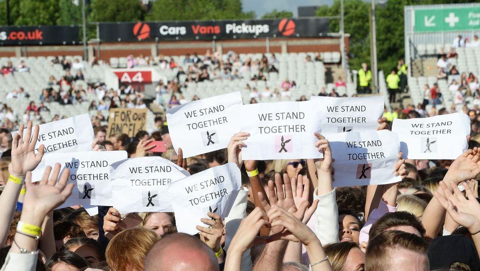 Benefizkonzert in Manchester: Jubel, Tränen und Take That