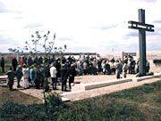 1999: Einweihung der Kriegsgräberstätte Rossoschka bei Wolgograd