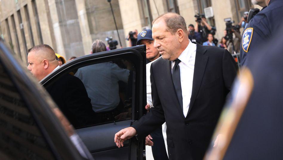 Harvey Weinstein beim Verlassen des New Yorker Gerichts