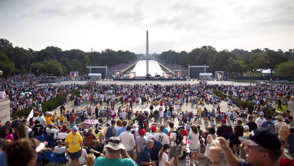 "US Tea Party activists gathered on the steps of the Lincoln Memorial in Washington D.C. for a rally called ""Restoring Honor,"" organized by conservative television personality Glenn Beck, in August."