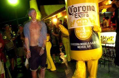 Spring Break 2001: Ohne Bier geht nichts
