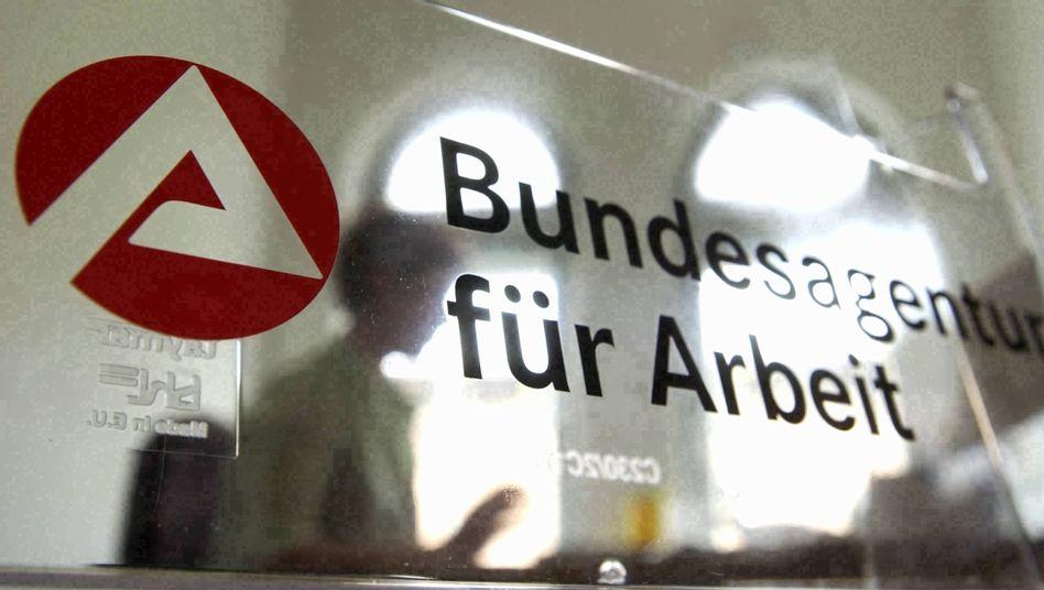 Logo der Bundesagentur: Scan-Offensive provoziert Kritik