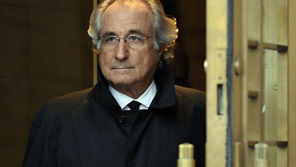 Milliardenbetrüger Madoff: Hinter Gittern, doch weiter Gesprächsthema