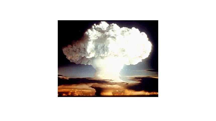 Atompilz: Dieses Foto des US-Verteidigungsministerium zeigt einen Atombombentest im April 1954