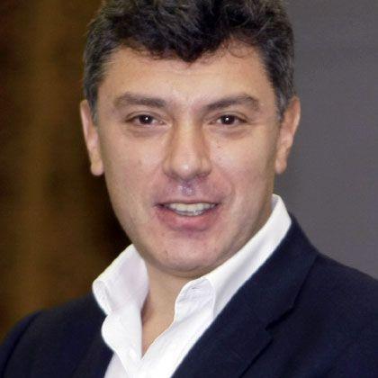 Oppositionsführer Nemzow: Attacke mit Ammoniak