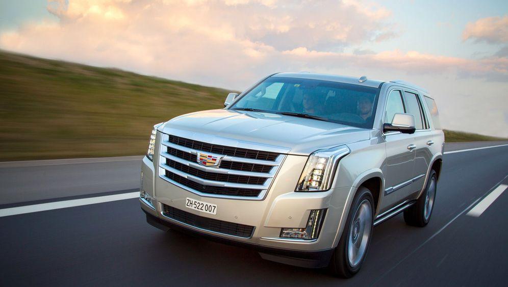 Autogramm Cadillac Escalade: Ganz schön großklotzig