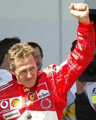 Vorfreude: Michael Schumacher nach dem Sieg im Qualifying