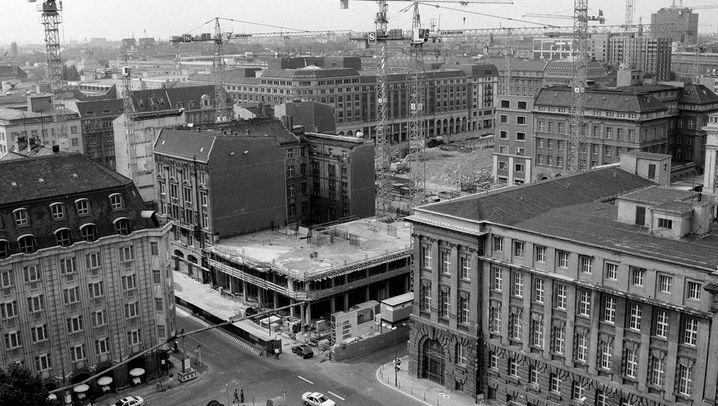 Berlin in Vorher-Nachher-Fotografien: Kampf den Lücken