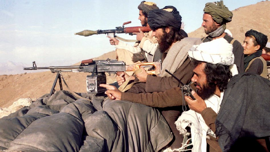 Taliban-Kämpfer in Afghanistan (Aufnahme aus 1995): Täter mit Traumata
