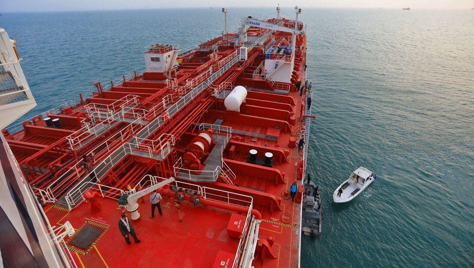 """Der britische Öltanker """"Stena Impero"""" in der Straße von Hormus: Nach der Festsetzung eines britischen Tankers durch Iran will London eine von europäischen Ländern angeführte Seeschutzmission"""