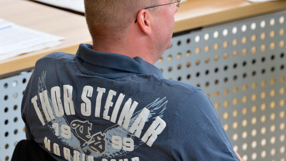 NPD-Abgeordneter mit Thor-Steinar-Kleidung: Gezielten Provokation im sächsischen Landtag