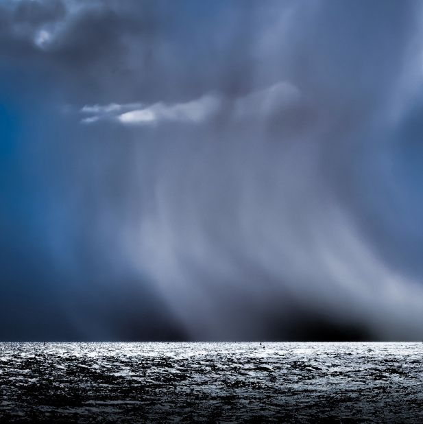 Nordsee vor Borkum: Im Querformat kommen die Sturmwolken nicht zur Geltung