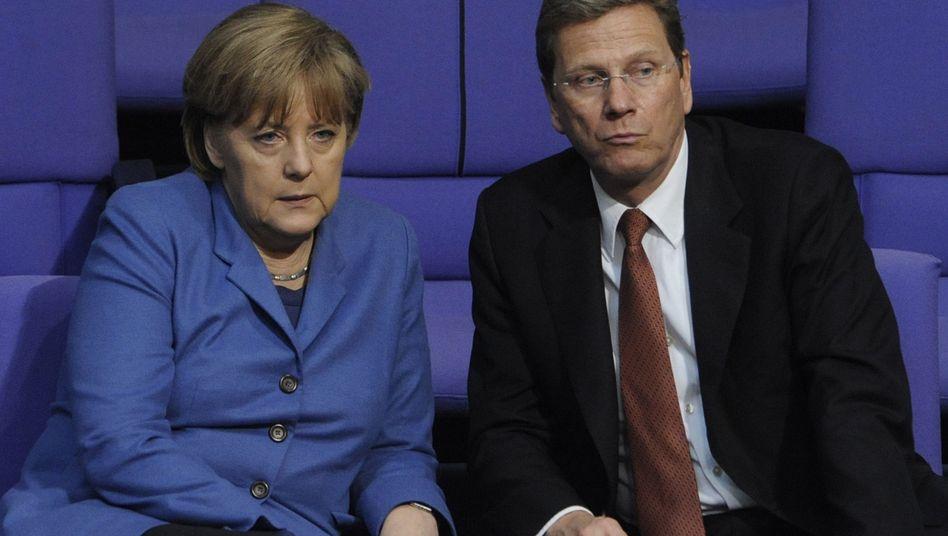 Merkel und Außenminister Westerwelle: Deutschland scheint auf der Stelle zu treten